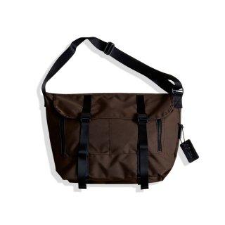 <追加予約>AMIACALVA MESSENGER BAG