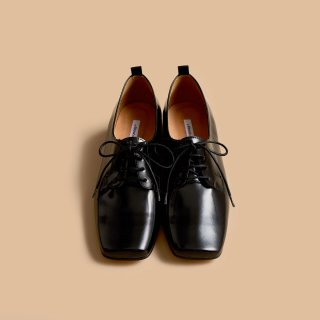 <SALE>About Arianne Joseph Black