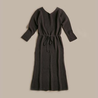<SALE>WRYHT CURVED NECK KNIT DRESS
