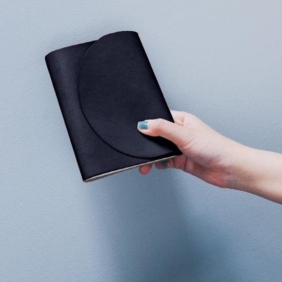 [OF PLANTS]  LEATHER COVER - BLACK
