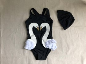 <img class='new_mark_img1' src='https://img.shop-pro.jp/img/new/icons20.gif' style='border:none;display:inline;margin:0px;padding:0px;width:auto;' />swan swimsuit