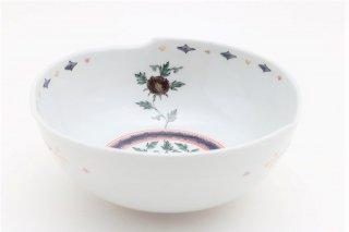 色絵牡丹文鉢(中)