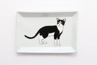 猫の角皿 A