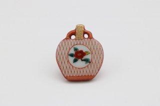 ピンブローチ 壷型 椿