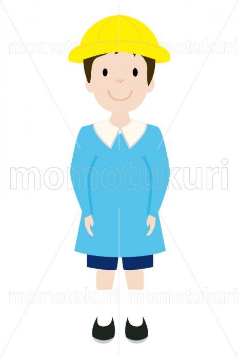 制服を着た幼稚園の男の子 4