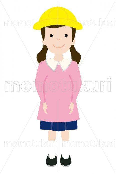 制服を着た幼稚園の女の子 4