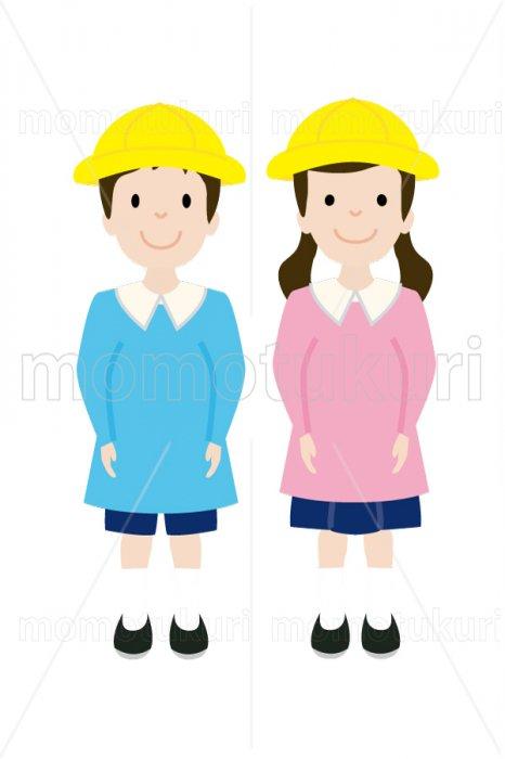 制服を着た幼稚園の男の子と女の子 4