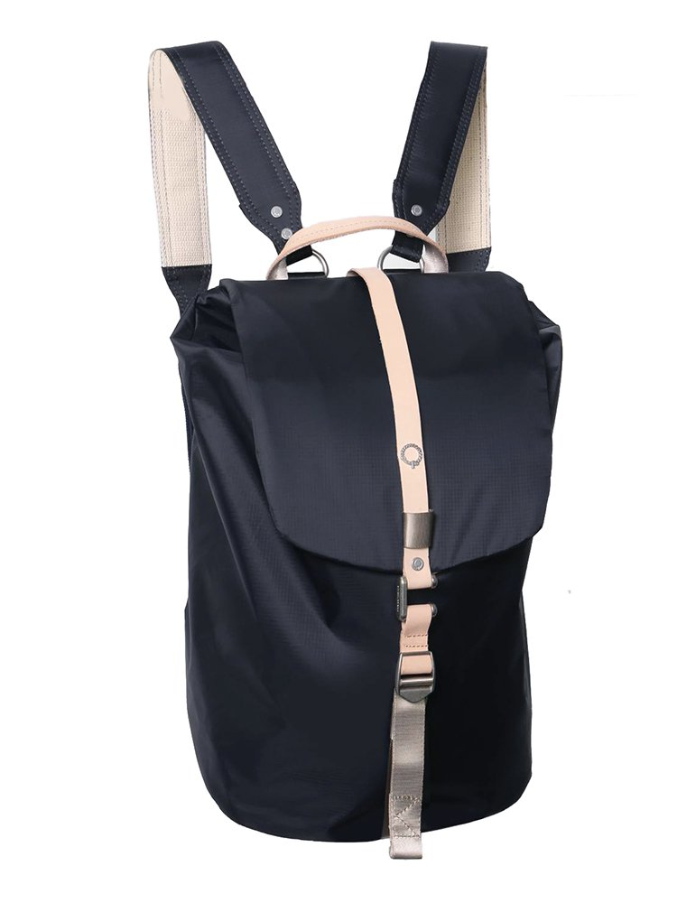 【STIGHLORGAN ; スティグローガン】 FINN Flapover Laptop Backpack (Navy)