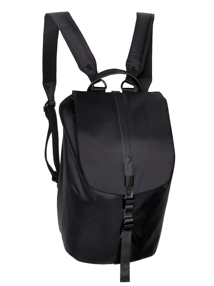 【STIGHLORGAN ; スティグローガン】 FINN Flapover Laptop Backpack (Black on Black)
