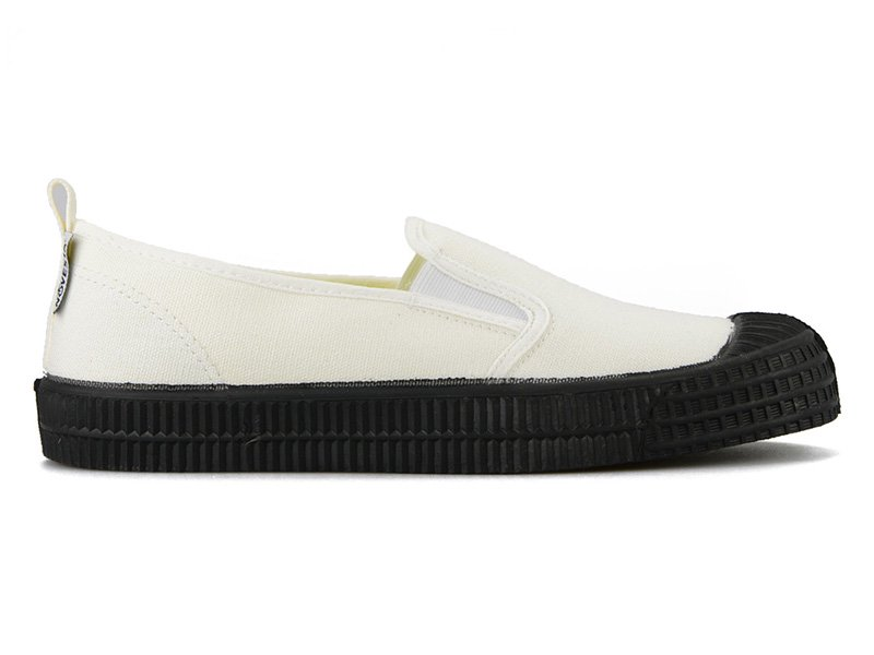 【 NOVESTA 】SLIP-ON (WHITE/BLACK)
