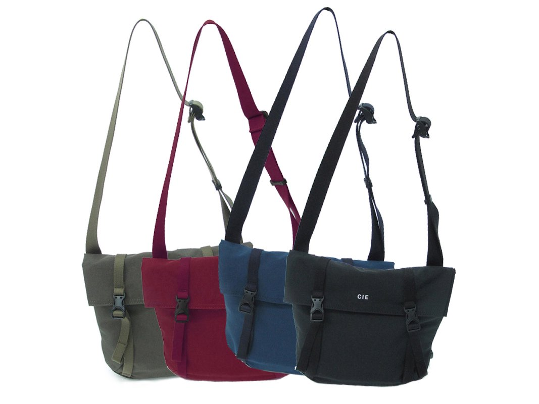 【 CIE 】SHRINK NYLON SHOULDER (S)