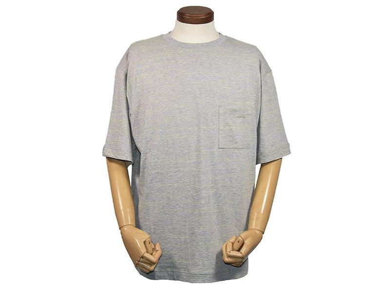 【mocT ;モクティー】 Neon Slab Crew Neck Pocket T-shirts