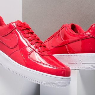NIKE(ナイキ)エアフォースワン ローカット スニーカー<br>NIKE AIR FORCE 1 LOW UV PATENT LEATHER PACK