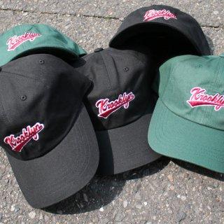 クルックリン ロゴ ストラップバック キャップ<br>K'rooklyn LOGO CAP