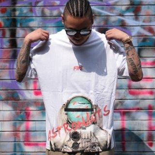 デジーン スピリット 半袖 Tシャツ<br>Dezzn Astronaut Printed S/S TEE