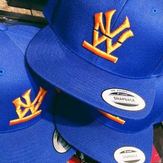 W NYC(ダブルエヌワイシー) ヘリテージロゴ 刺繍 スナップバック キャップ<br>W NYC HERITAGE LOGO SNAPBACK CAP