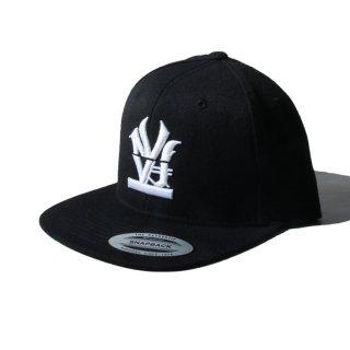 W NYC(ダブルエヌワイシー) オールドイングリッシュ ロゴ 刺繍 スナップバック キャップ<br>W NYC OLDENGLISH LOGO SNAPBACK CAP