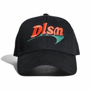 ディーエルエスエム ブーメラン ロゴ キャップ<br>DLSM DLSM BOOMERANG LOGO CAP