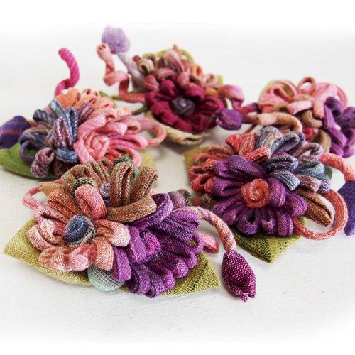 手織りコットンのフラワーブローチ 5種