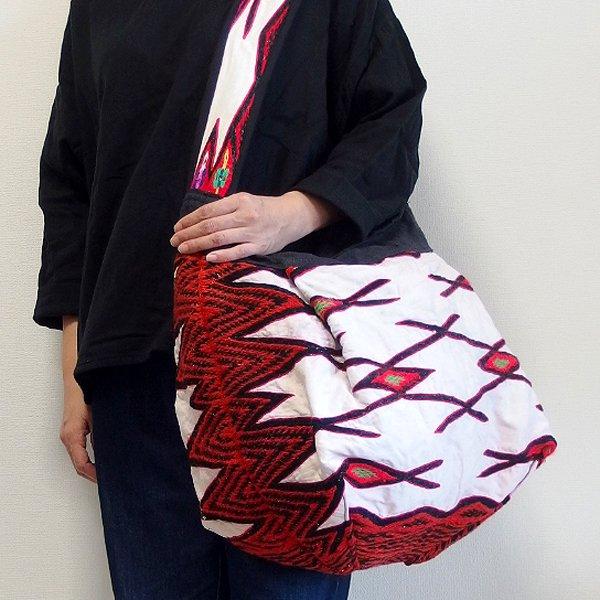 大花モン族 ウール刺繍バッグ 213 B