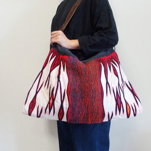 大花モン族 ウール刺繍バッグ 214 B