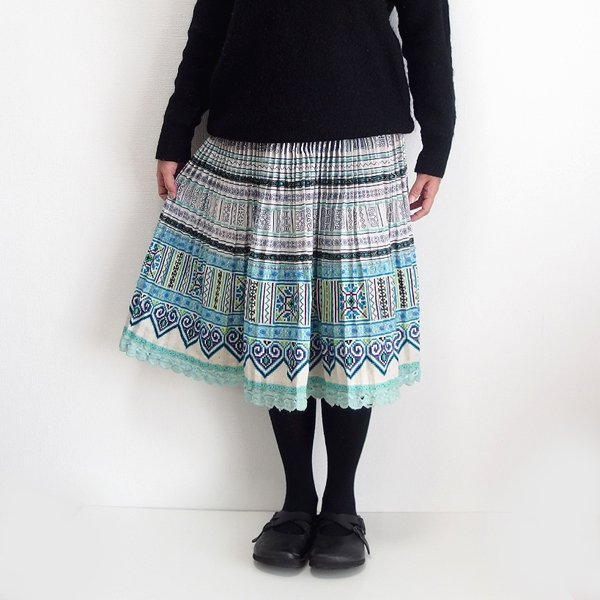 モン族  ミディアムスカート 785