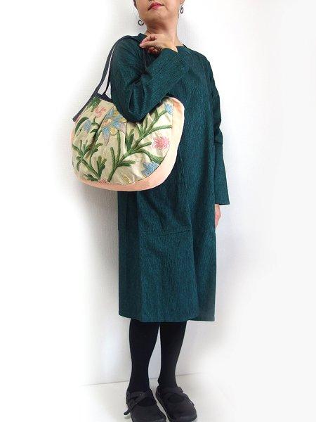 sisi グラニーバッグ 120%ビッグサイズ カシミール刺繍