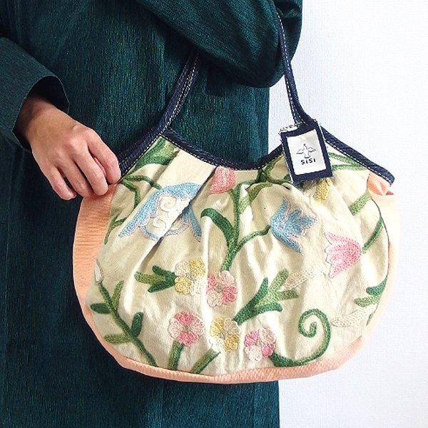 sisi グラニーバッグ 定番サイズ カシミール刺繍 ベージュ&カメオ