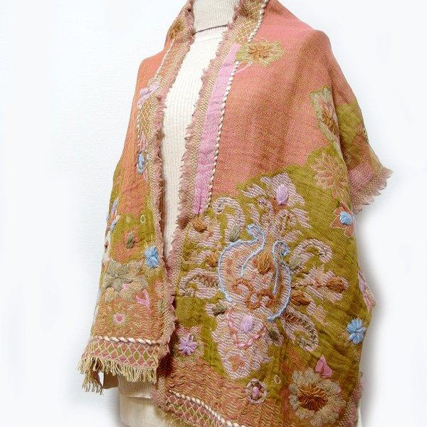 手刺繍ショール 39 天然素材(ウール60% コットン40%)