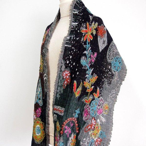 手刺繍ショール 41 天然素材(ウール50% コットン50%)
