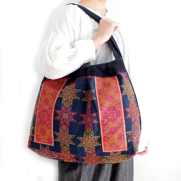 モン族 手刺繍ショルダーバッグ C