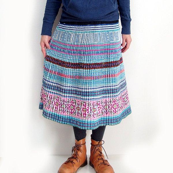 モン族  ミディアムスカート 808