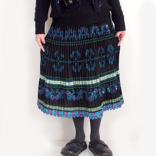 モン族  ミディアムスカート 809