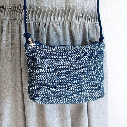 藍染め手紡ぎ手織りヘンプ布の刺し子ポシェット B