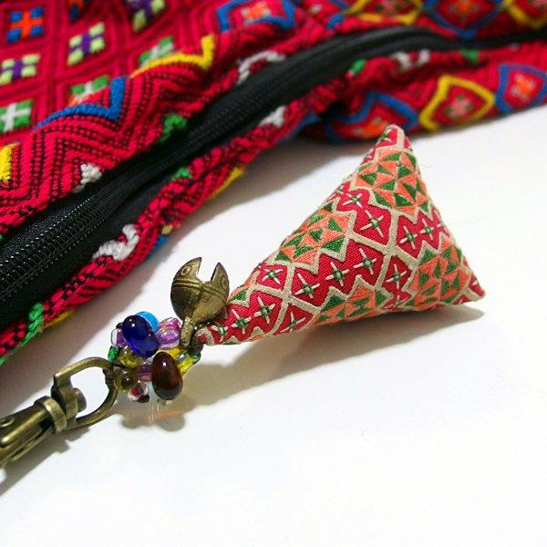 モン族 手刺繍チャーム キーホルダー 36B