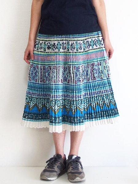 モン族  ミディアムスカート 823