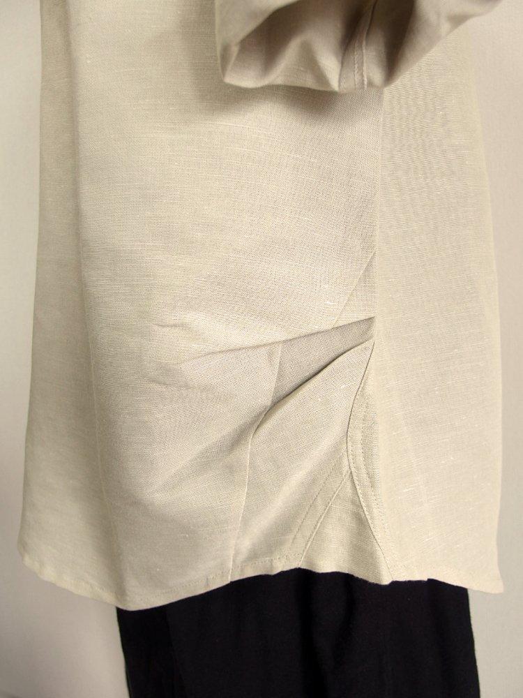 ビーズ付きスキッパーカラーシャツ