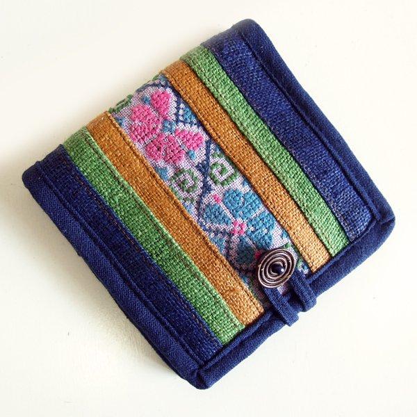 モン族手刺繍 二つ折り財布 53e