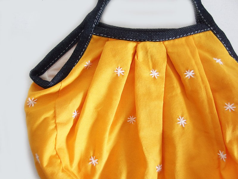 sisiミニグラニーバッグ 刺繍