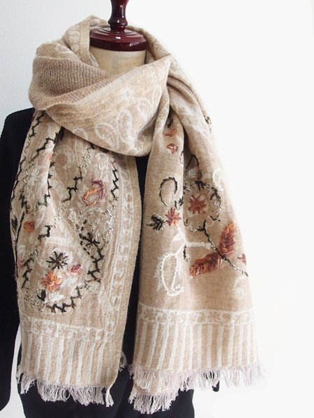 手刺繍 天然素材 ショール ウールストール マフラー