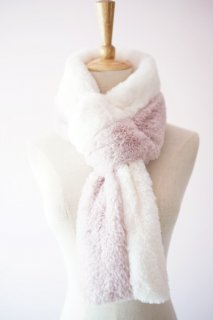 <img class='new_mark_img1' src='//img.shop-pro.jp/img/new/icons14.gif' style='border:none;display:inline;margin:0px;padding:0px;width:auto;' />Bicolor eco fur neck warmer