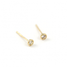 Bazel Set Diamond Pierce 0.1ct | K18