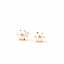Milk Crown Pearl Pierce | K18