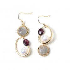 Garnet & Labradorite Pierce<img class='new_mark_img2' src='//img.shop-pro.jp/img/new/icons14.gif' style='border:none;display:inline;margin:0px;padding:0px;width:auto;' />