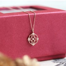 Tiny Diamond Lace Necklace | K10YG
