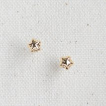 Star Motif Pierce | K18YG<img class='new_mark_img2' src='//img.shop-pro.jp/img/new/icons57.gif' style='border:none;display:inline;margin:0px;padding:0px;width:auto;' />