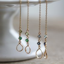 Teardrop & Blue Stone Chain Pierce | K18