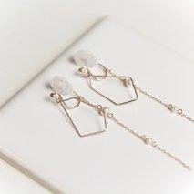 Motif & Pearl Earring | K10YG