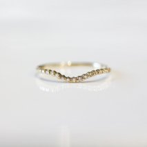 Tiny Diamond Curved Ring | K10YG