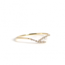 Diamond V Shaped Ring | K10YG